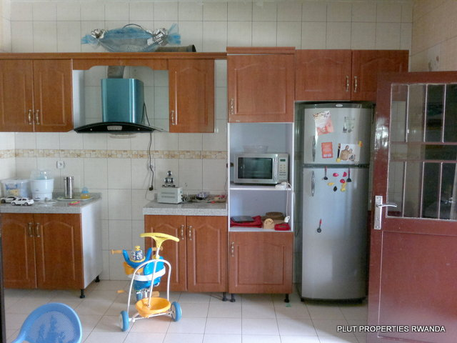 House for sale kigali kigali rwanda house for sale in for Kitchen units for sale in harare