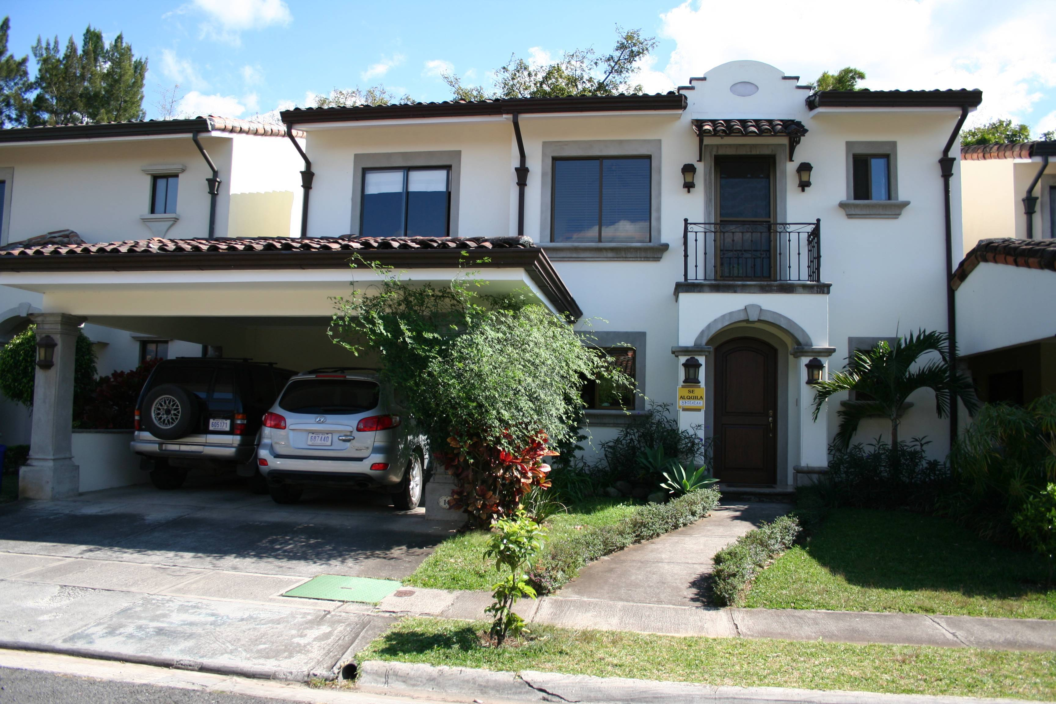 House for rent santa ana san jose costa rica 2 story 3 for Costa rica house rental