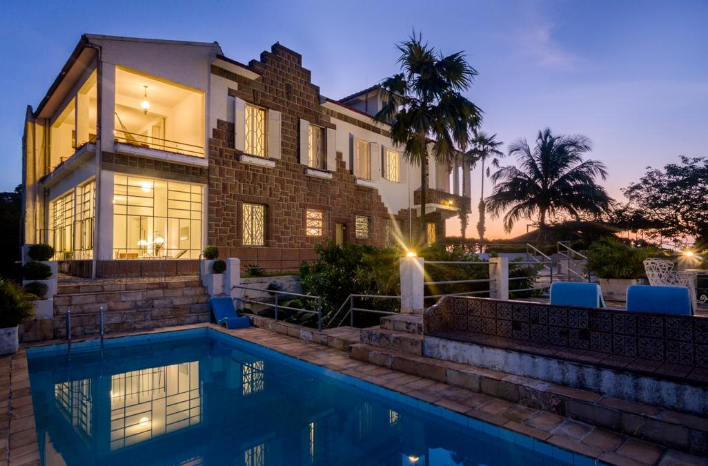 House for sale rio de janeiro rio de janeiro brazil for Houses for sale with suites